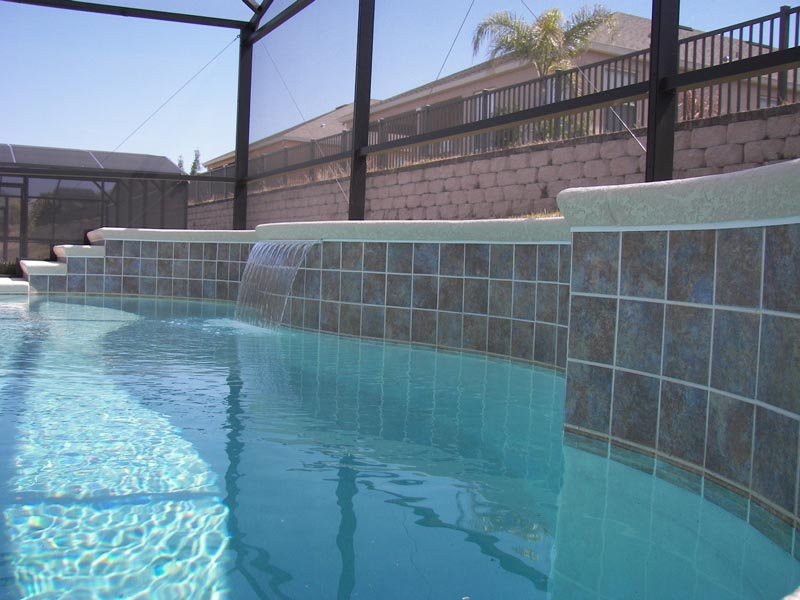 Salt Water Or Chlorine Swimming Pool What Is The Maintenance Cost