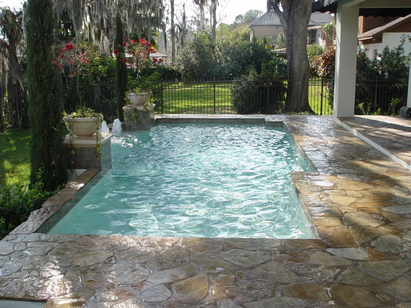 Central Florida Premier Swimming Pool Builder